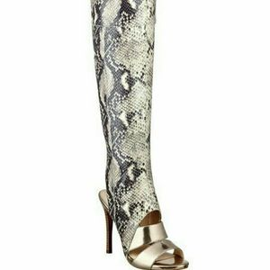 guess faux snakeskin sandal boots 7.5